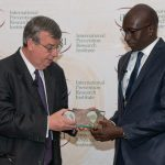 Mamadou Diop receives WPA Medal